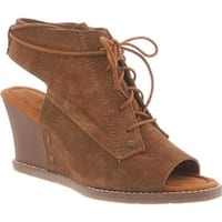 Bearpaw Women's Aracelli Wedge Shootie Hickory Suede