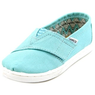 Toms Classic Round Toe Canvas Loafer