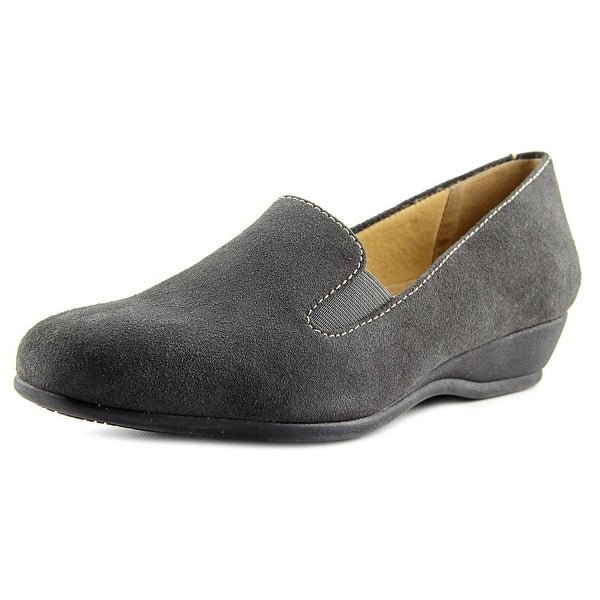 Trotters Lamar Women Round Toe Suede Gray Loafer