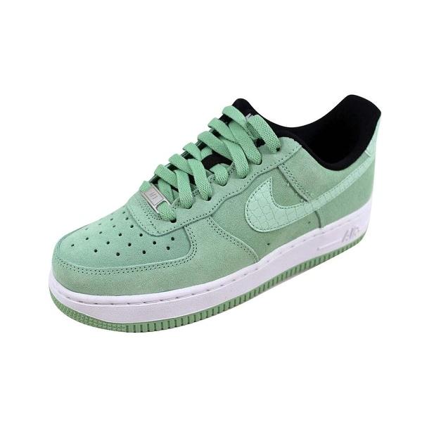 Nike Women's Air Force 1 '07 Seasonal Enamel Green/Enamel Green 818594-300 Size 6.5