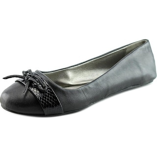 Kenneth Cole Reaction Truth Time Round Toe Leather Flats