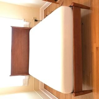 Carson Carrington Svinninge Queen-size Mid-century Wooden Paneled Platform Bed