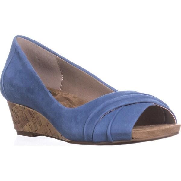 Giani Bernini GB35 Rivey Peep Toe Wedge Pump Sandals Vintage Jeans Size 100