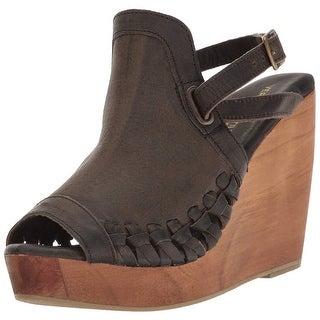 Very Volatile Women's Carry Wedge Sandal