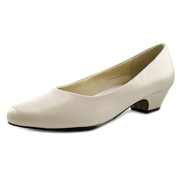 Easy Street Halo Womens Bone Pumps
