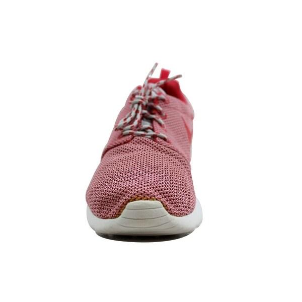 Shop Nike Women's Rosherun Light Base GreyGeranium Summit