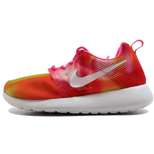 chaussures de séparation bb604 3470a Shop Nike Roshe One Flight Weight Pink Rose/White 705486-601 ...