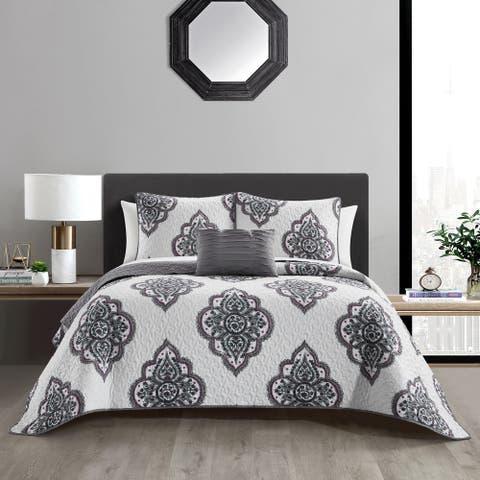 Chic Home Bene 4 Piece Cotton Jacquard Quilt Set Medallion Embroidered Bedding - Decorative Pillows Shams Included