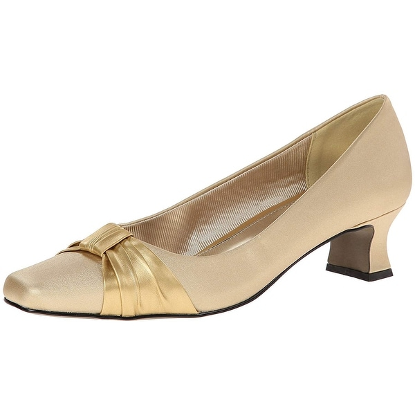 Easy Street Womens Waive Closed Toe Classic Pumps