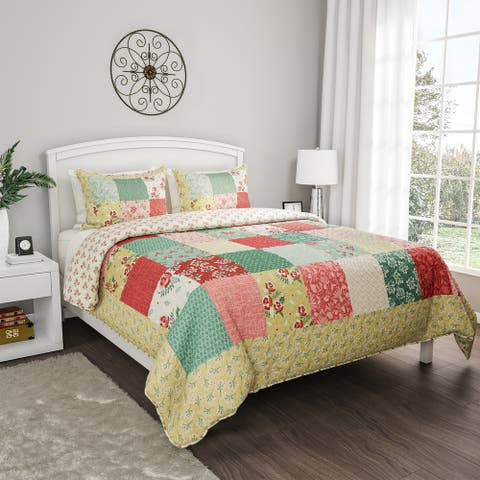 Quilt Bed Set- Hypoallergenic Polyester Microfiber Sweet Dreams Patchwork Pastel Floral Print with Sham by Windsor Home
