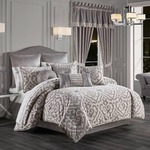Five Queens Court Belford Comforter Set