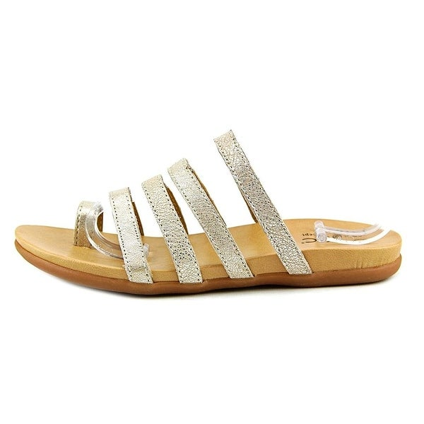 B.O.C Womens Mindi Leather Open Toe Casual Slide Sandals