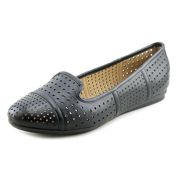 Easy Spirit e360 Gracen W Round Toe Leather Flats