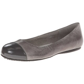 SoftWalk Womens Napa Leather Closed Toe Ballet Flats, Dark Grey, Size 7.5