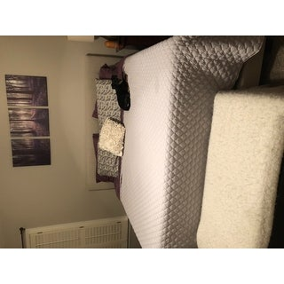 Baxton Studio Karpos Modern Upholstered Grid-tufted Bed