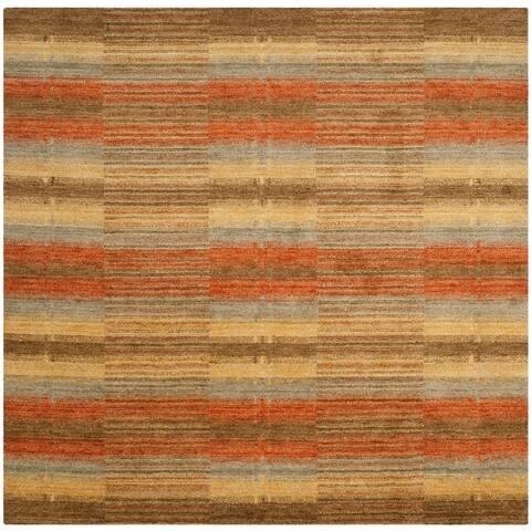 SAFAVIEH Handmade Himalaya Kaylee Modern Wool Rug