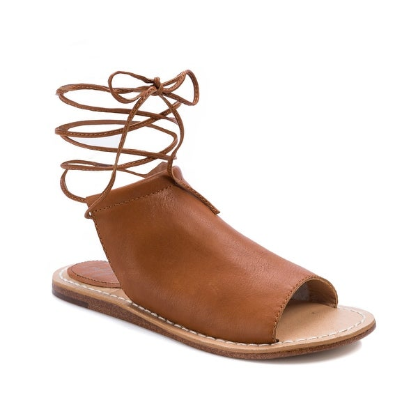 Latigo Vin Women's Sandals & Flip Flops Saddle