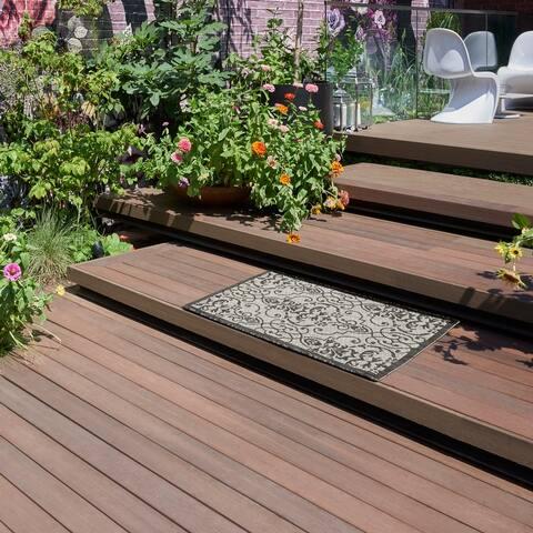 Nourison Garden Party Trellis Indoor/Outdoor Area Rug