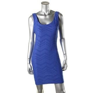 B. Darlin Womens Juniors Party Dress Chevron Sleeveless