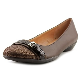 Naturalizer Hopeful Women Round Toe Synthetic Brown Flats