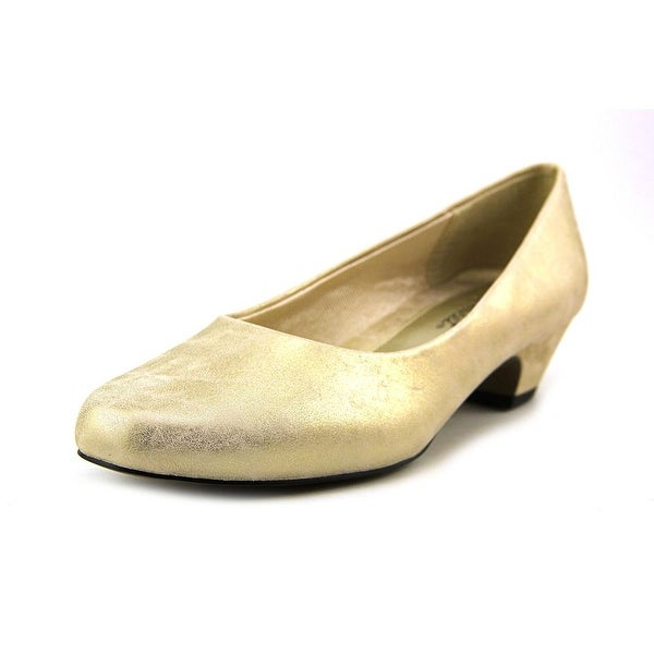 Easy Street Halo Gold Pumps