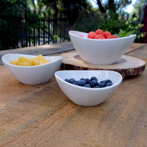 Euro Ceramica Highlands Porcelain Nesting All Purpose Dining Bowls (Set of 3)