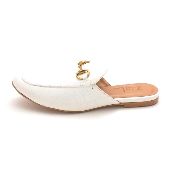 ZIGI SOHO Womens mallary Leather Almond Toe Mules