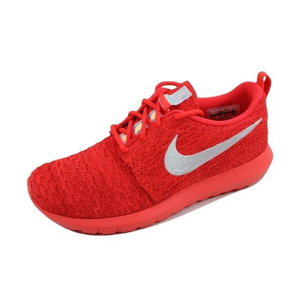 Nike Women's Roshe NM Flyknit Bright Crimson/White-University Red 843386-604