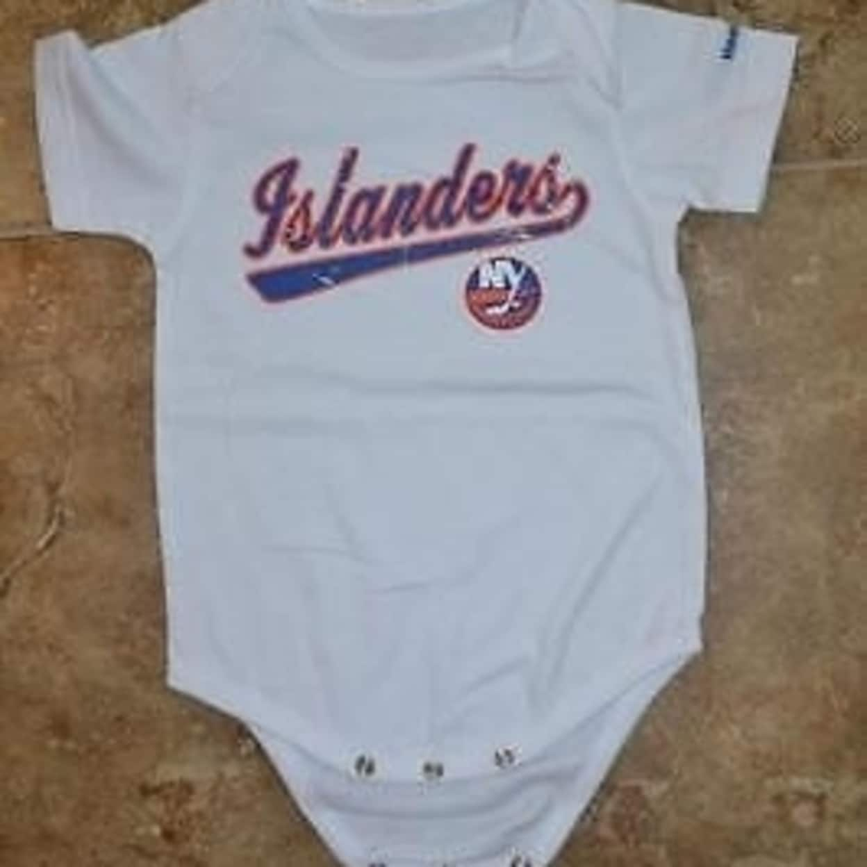 wholesale dealer bc781 9b8dc Mended- Nhl NY Islanders Infants 6/9 Months (6/9M) White Creeper 73Fi