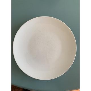 Euro Ceramica White Essential 16 Piece Porcelain Dinnerware Set