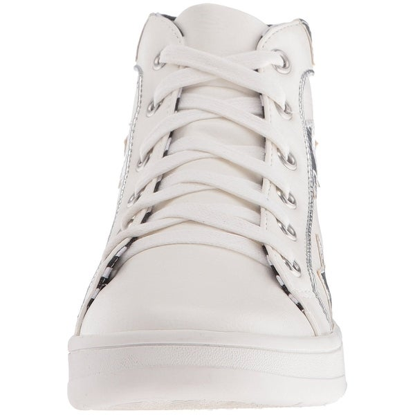 Betsey Johnson Women's Flo Fashion Sneaker