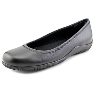 Walking Cradles Dee Women N/S Round Toe Leather Black Flats|https://ak1.ostkcdn.com/images/products/is/images/direct/98c03f1374ad64f3a15ddd93cb6ea4af5b346e5e/Walking-Cradles-Dee-Women-N-S-Round-Toe-Leather-Flats.jpg?impolicy=medium
