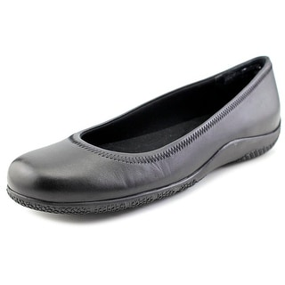 Walking Cradles Dee Women Round Toe Leather Flats