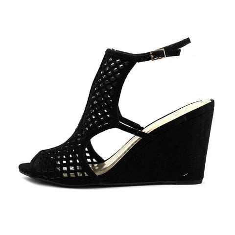 b583d35230a5 Material Girl Womens Kinzley Fabric Peep Toe Casual Ankle Strap Sandals