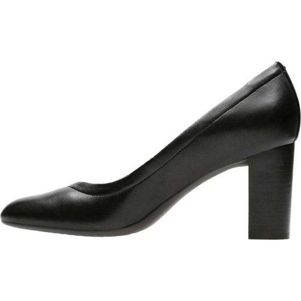 | CLARKS Women's Chryssa Ari Dress Pump, Black
