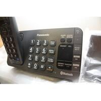 Panasonic KX-TGE270S DECT 6.0 Expandable Digital Cordless Answering System (Refurbished)