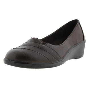 Easy Street Womens Marsh Leather Pleated Wedges