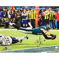 Zach Ertz Signed 16x20 Philadelphia Eagles Super Bowl 52 Touchdown Photo JSA