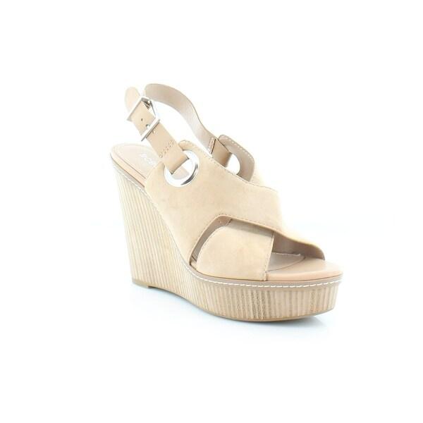 BCBGeneration Penelope Women's Sandals & Flip Flops Sand/Sand