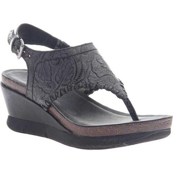 7f992eca5 Shop OTBT Women s Meditate Thong Sandal Black Leather - Free Shipping Today  - Overstock - 20747097