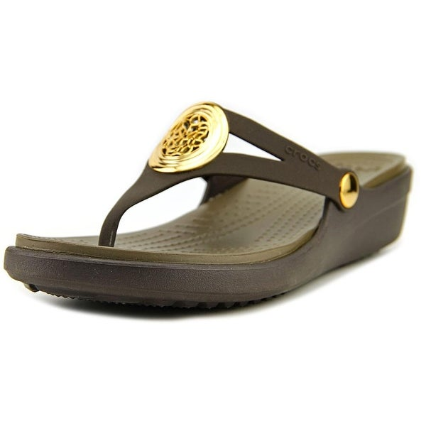 647742bc8333 Crocs Sanrah Circle Wedge Flip Women W Open Toe Synthetic Brown Thong Sandal