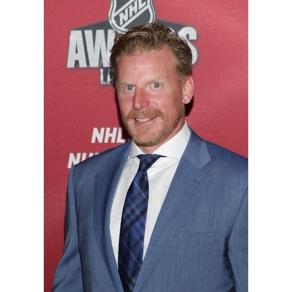 Shop Daniel Alfredsson At Arrivals For 2015 National Hockey League