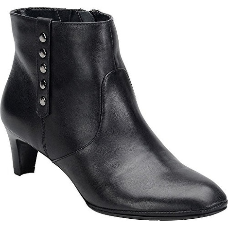 Comfortiva Tacoma Women Round Toe Leather Black Ankle Boot