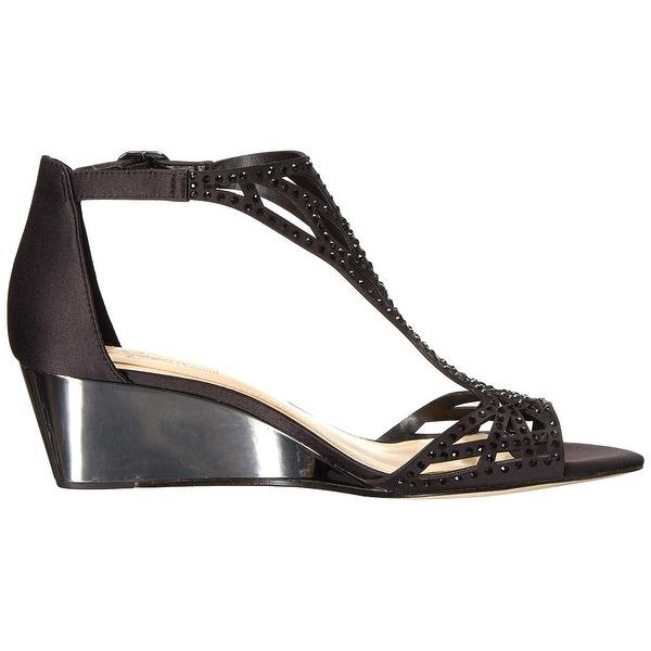 Imagine Vince Camuto Women/'s Jalen Wedge Sandal