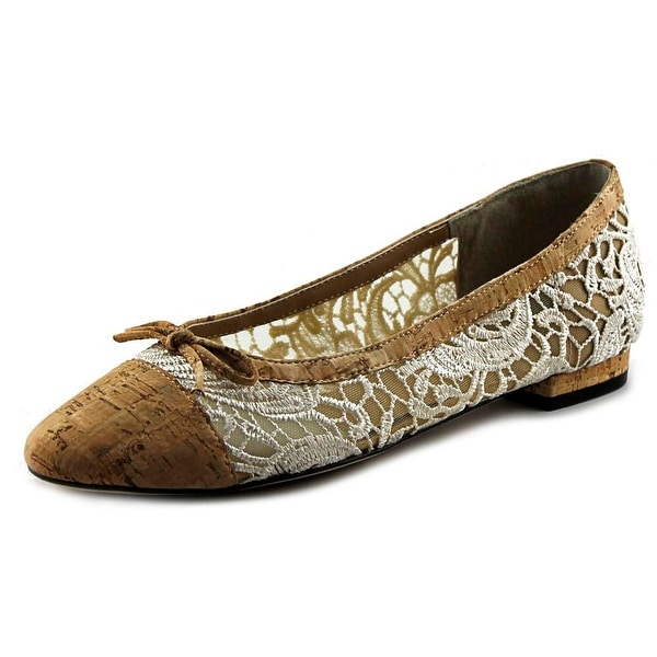 Vaneli Caddie Women N/S Round Toe Canvas Tan Flats