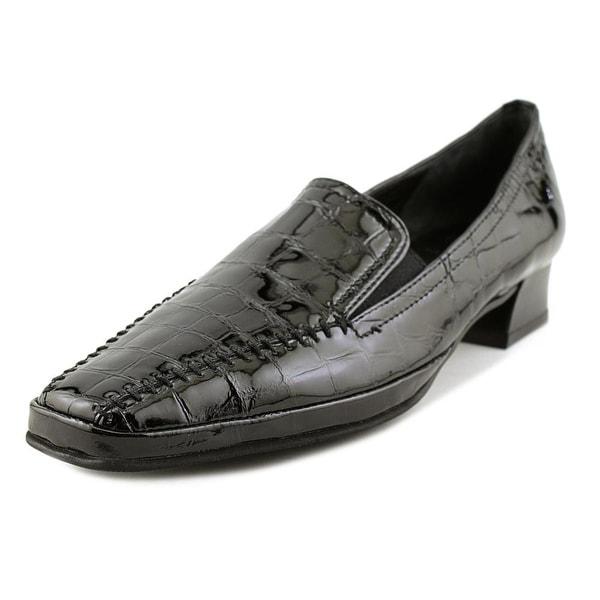 Amalfi By Rangoni Matta Women N/S Round Toe Patent Leather Black Loafer