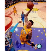 Signed Barnes Matt Los Angeles Lakers 8x10 Photo autographed