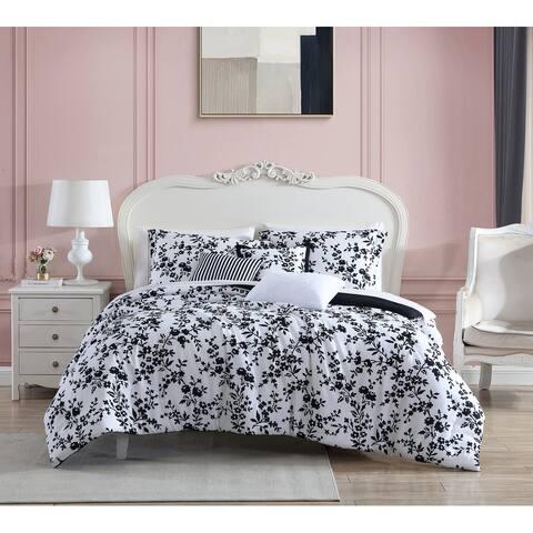 Betsey Johnson Pretty Floral Black Reversible Comforter Bonus Set