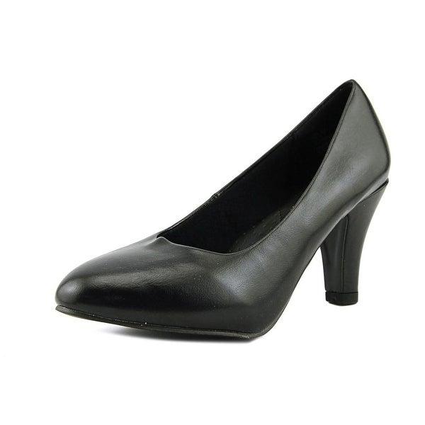 Beacon Jennifer Black Pumps