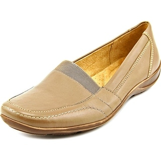 Naturalizer Fritz Women Square Toe Leather Loafer